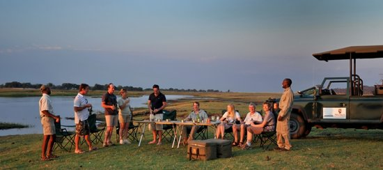 Ngoma Safari Lodge: Sunset drinks by the Chobe River