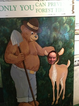 Ruidoso Downs, Nowy Meksyk: Smoky the Bear photo op!