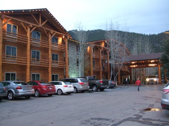 The Lodge at Jackson Hole: closer