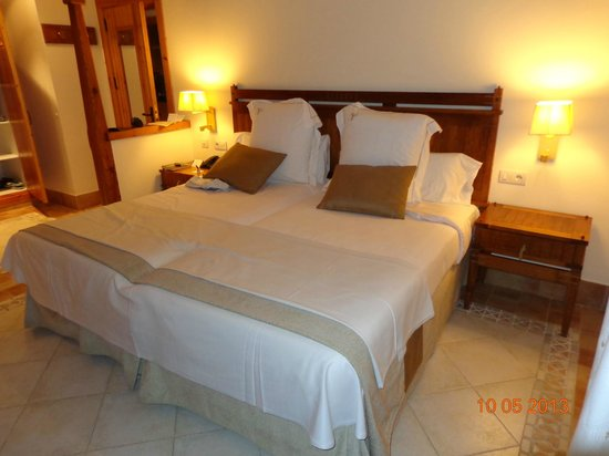 Princesa Yaiza Suite Hotel Resort : Cama