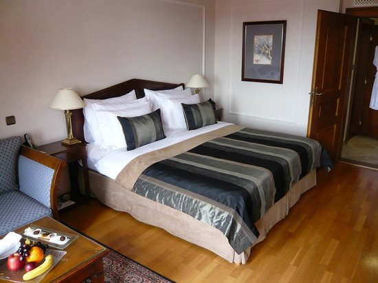 Golden Well (U Zlate Studne): Lovely, spacious room