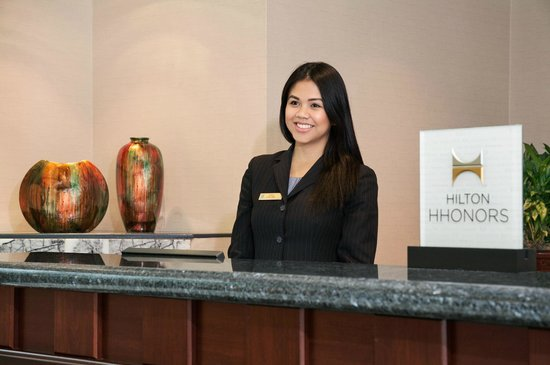 Walnut Creek, CA: Front Desk and Reception