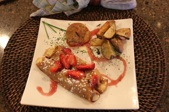 Mountain Song Inn Bed and Breakfast: Carrot cake crepes filled with marscapone cheese