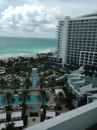 Fontainebleau Miami Beach: view from 14th fl o oceanfront chateau