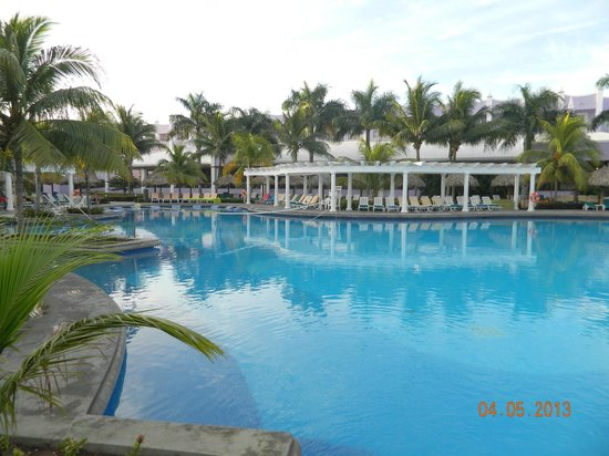 Riu Montego Bay Hotel: Main pool