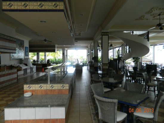 Riu Montego Bay Hotel : One of the Buffets/Steakhouse