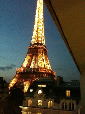 Pullman Paris Tour Eiffel: View from room at night