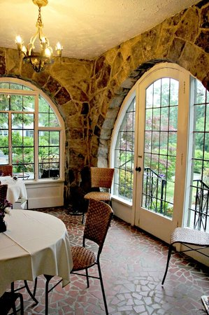 Lookout Mountain, GA: One dining area