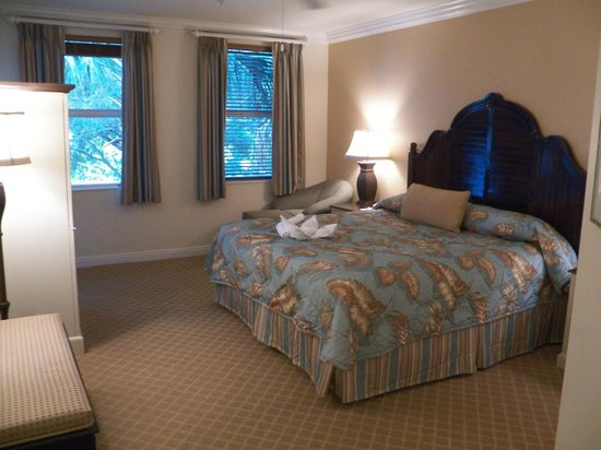 Disney's Old Key West Resort: master bedroom