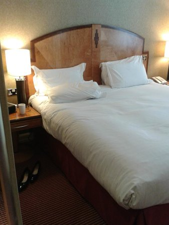 Hilton London Paddington: Large Bed