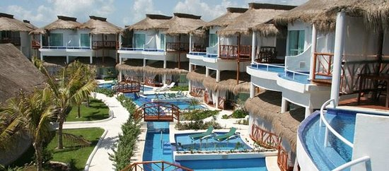 Photo of Casitas Royale By Evrentals Playa del Carmen