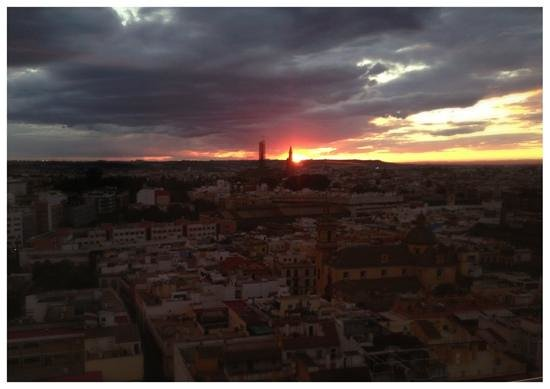 Sevilla Center Hotel: Panoramic restaurant view