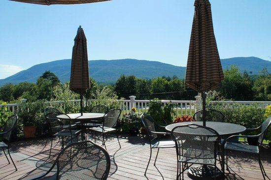 Manchester, VT: Outdoor dining lunch or dinner breakfast Sunday