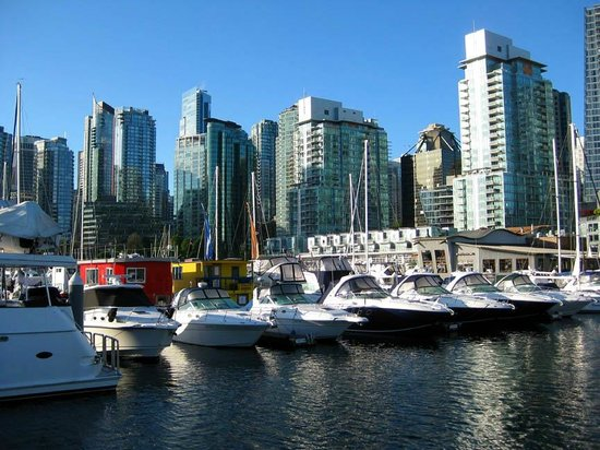 The Westin Bayshore, Vancouver: Coal Harbour, boats, and floating homes