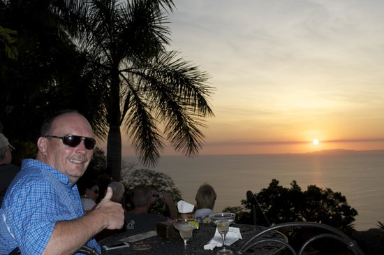 Villa Caletas: Drinks at the top of the Amphitheatre to enjoy the sunset