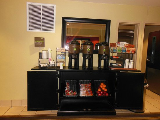 Extended Stay America - Amarillo - West: Grab & go breakfast for free