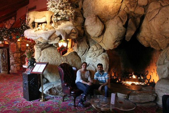 Madonna Inn: Dining area
