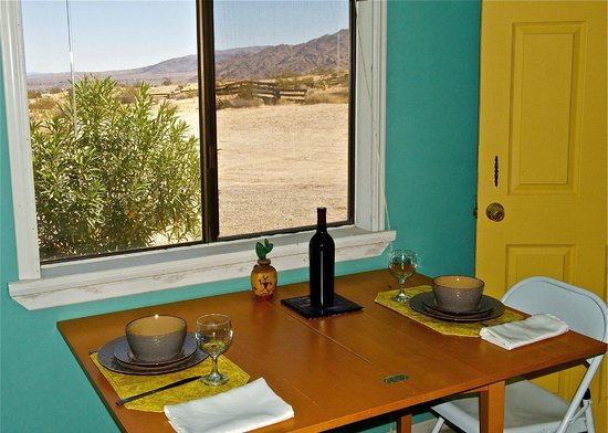 Twentynine Palms, CA: Kitchen (full equipped kitchens).