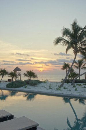 Secrets Maroma Beach Riviera Cancun: Sunrise at Maroma