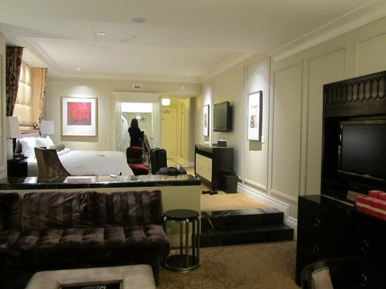 The Palazzo Resort Hotel Casino: Our luxury suite