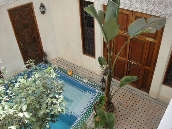 Riad de la Belle Epoque : Doors to Karen Blizen room, pool
