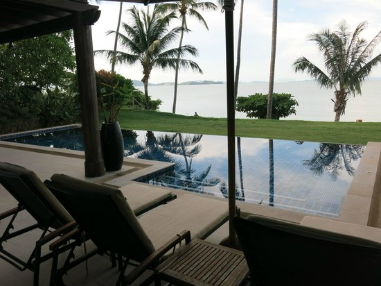 The Village Coconut Island: Beachfront Villa Pool
