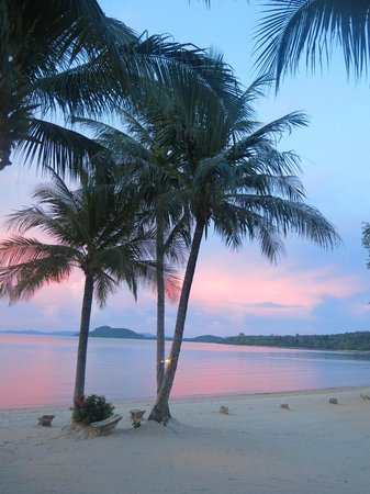 The Village Coconut Island: Beautiful Sunset