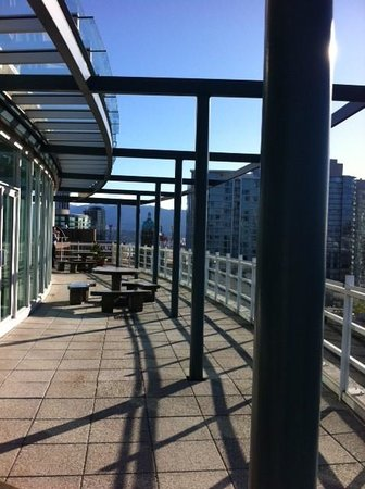 Hampton Inn & Suites Downtown Vancouver: balcony outside the gym