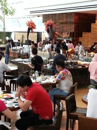 Marina Bay Sands: Breakfast at Rise