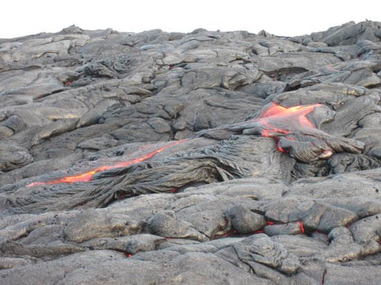 Pahoa, Hawaï : Lava hike - walked out to flowing lava