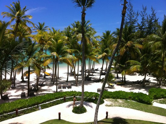 Barcelo Bavaro Palace Deluxe: Beach view from balcony.  Master Suite Ocean Front Club Premium.  Building 6, 3rd floor.