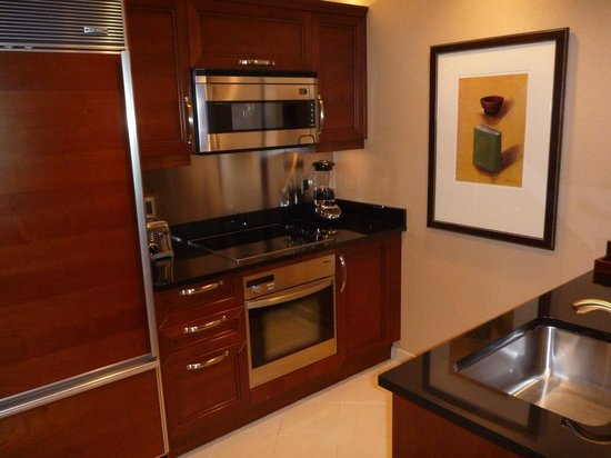 Signature at MGM Grand: Kitchen of 1 bedroom suite