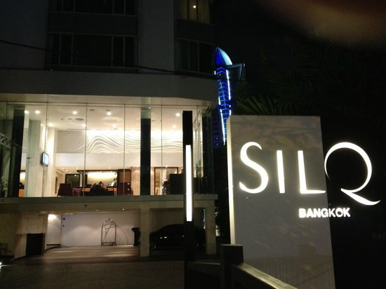 SilQ Bangkok: Night View of the Hotel