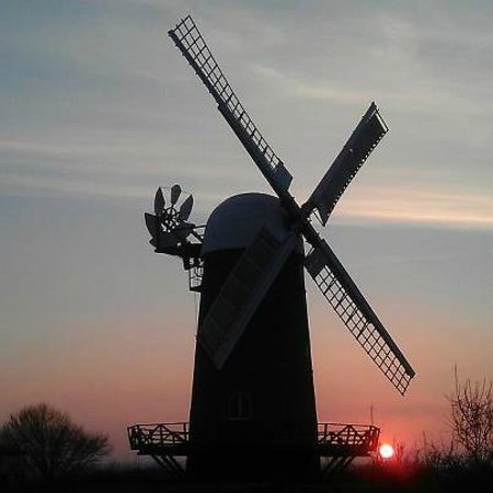 Wiltshire, UK: Sunset beyond Wilton Windmill