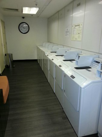 Ibis Singapore on Bencoolen: WASHING AREA NO PRESS IN ROOM PRESS IT HERE