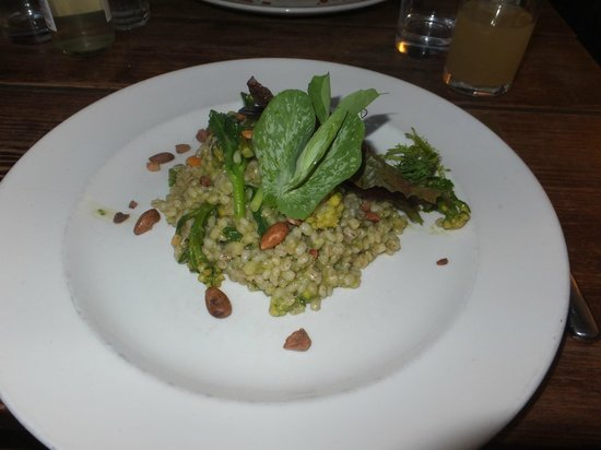 Axminster, UK: Asparagus risotto(with pearl barley)