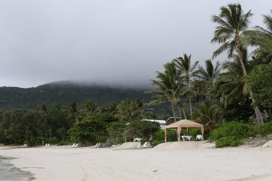 Lizard Island Resort : Even in cloudy rainy weather it is beautiful