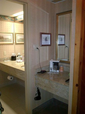 Haliburton, Canada: Bathroom area