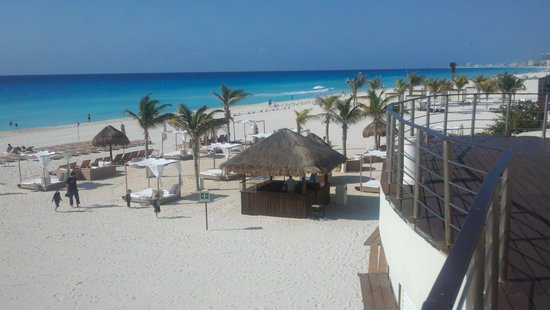 Sunset Royal Cancun Resort: dinning