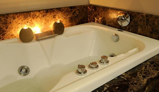 InterContinental Johannesburg OR Tambo Airport: Spa Bath - Wet Treatments