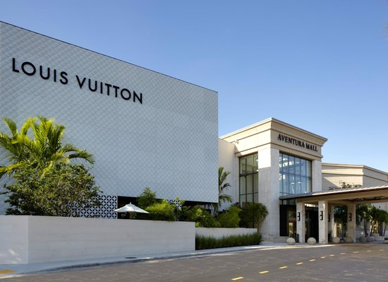 Louis Vuitton - Aventura Mall entrance