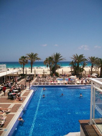 Riu ClubHotel Oliva Beach: Pool am Haupthaus