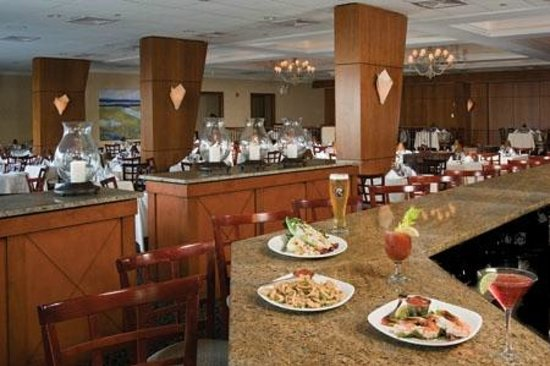 Golden Inn Hotel: Seaglass Restaurant