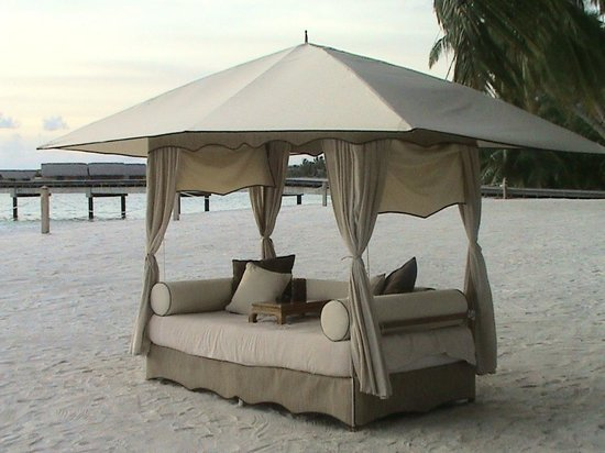 Addu Atoll: you can sit and enjoy your shisha here