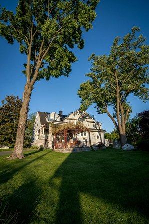 Harrisonburg, VA: Stonewall Jackson Inn B&B