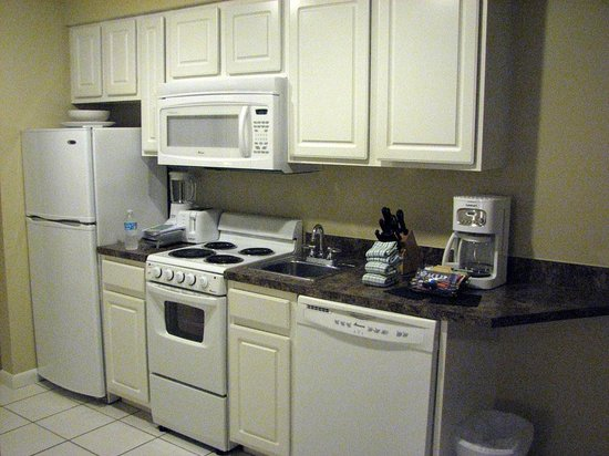 Wyndham Ocean Walk: A small but well stocked kitchen in one bedroom condo.