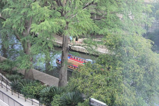 Hotel Contessa: Riverwalk view from room