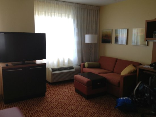 TownePlace Suites Mississauga-Airport Corporate Centre: Very Nice Room