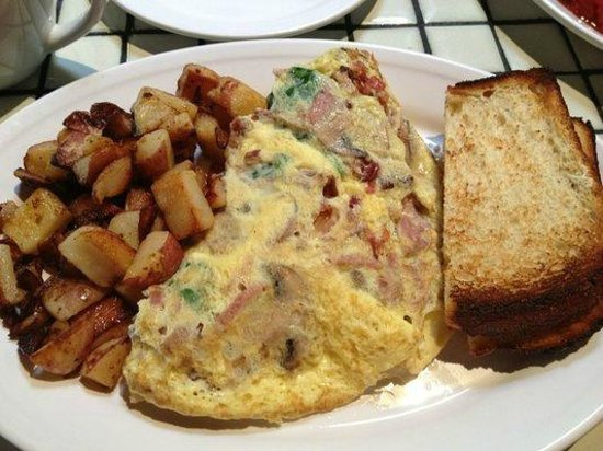 Oakland, CA: Omelet with potatoes and toast