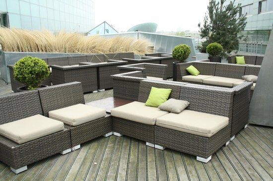 Moevenpick Hotel Amsterdam City Center: terrazza